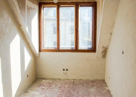 Renovace prkenné podlahy 11,5m2 - broušení+lakování