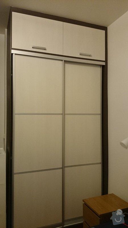 Vestavěné skříně do moderního bytu: DSC_1604
