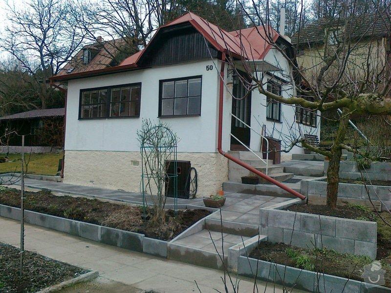 Rekonstrukce chodníku a zídek: 130320151196
