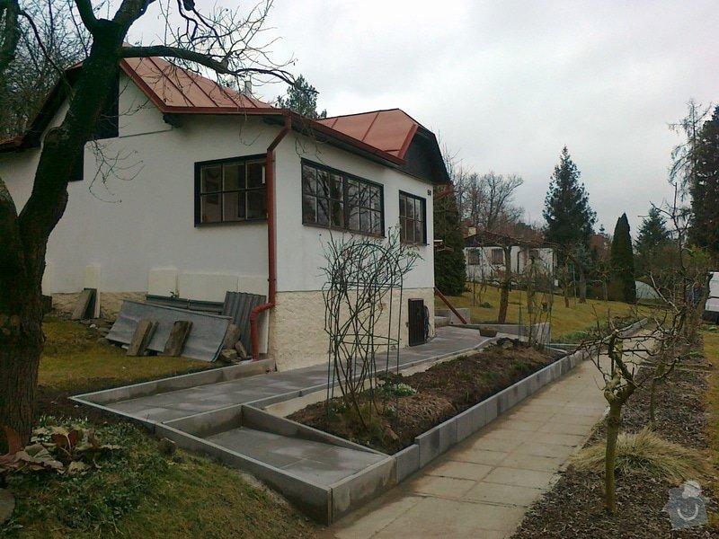 Rekonstrukce chodníku a zídek: 130320151198