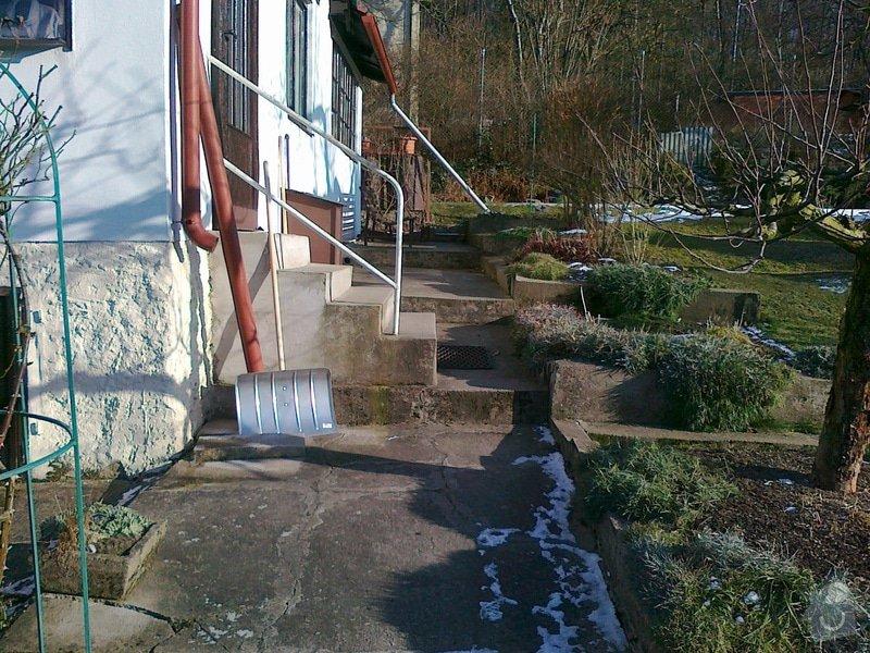 Rekonstrukce chodníku a zídek: 070220151085