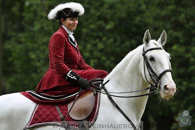 Fotografování koní: dama-v-damskem-sedle-186