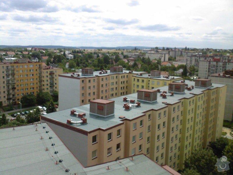 Hydroizolace plochých střech, balkonů, teras, opravy fasád, průmyslové syntetické podlahy: SPM_A0496