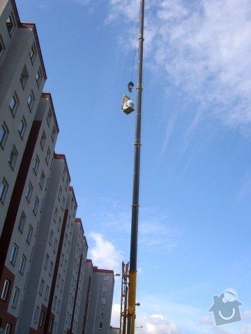 Hydroizolace plochých střech, balkonů, teras, opravy fasád, průmyslové syntetické podlahy: SL709555