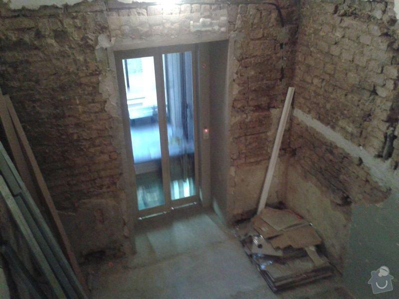 Zednické práce - rekonstrukce chodby v domě: 20150316_180042
