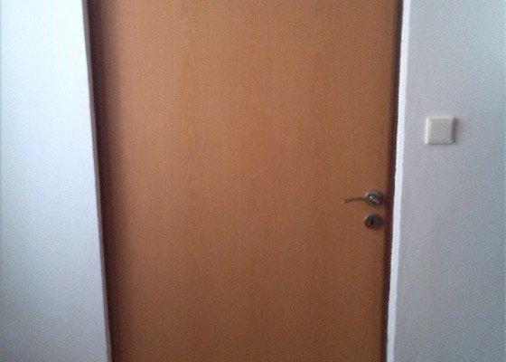 Nové bezpečnostní dveře do bytu