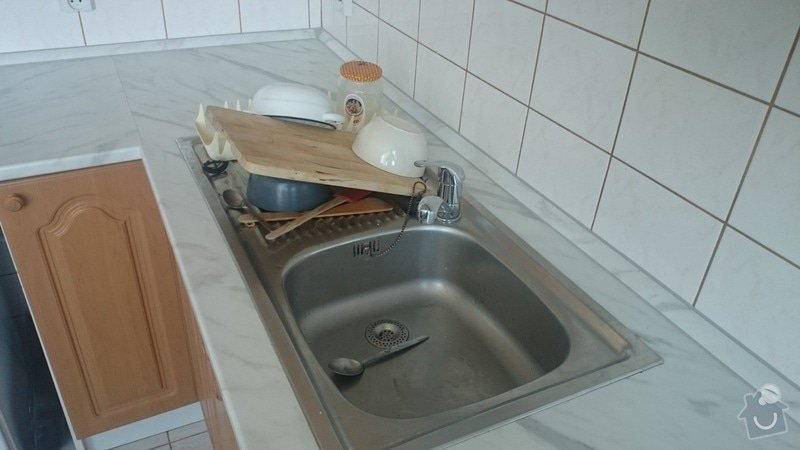 Vymena pracovni desky kuchynske linky: DSC_1320