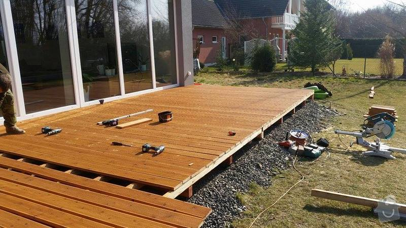 Dřevěná terasa : 11078005_10203584663850408_689856500_n