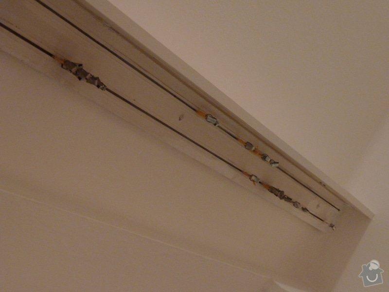 Malířské práce (1 pokoj), výměna stropní garnýže, oprava zvedání válendy: P1070764