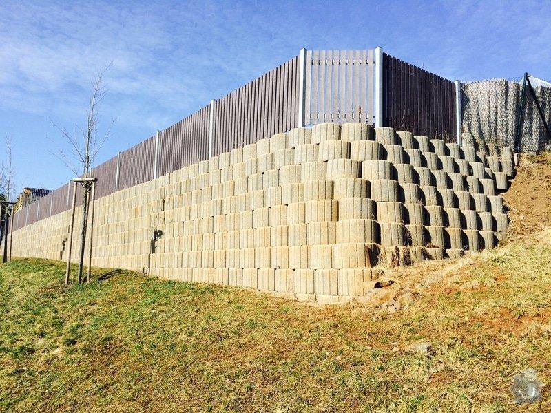 Opěrná zeď ,hangfloor, 100m2, : Hangflor