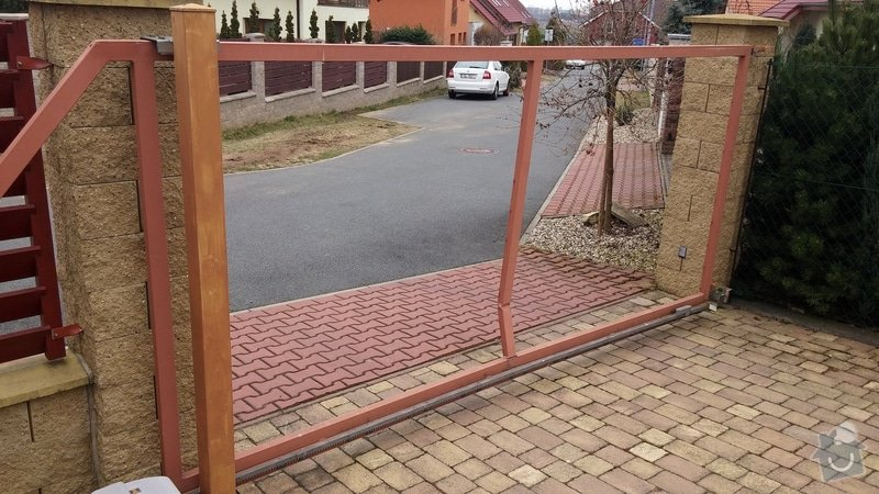 Oprava brány - ohnutý / zkřivený profil: 001