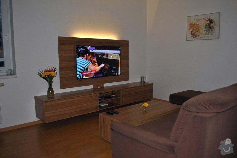 Televizní stěna + konferenční stolek: DSC_0029