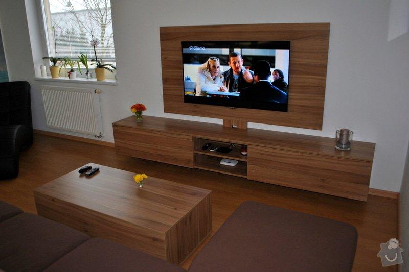 Televizní stěna + konferenční stolek: DSC_0105