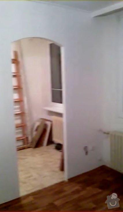 Rekonstruce bytu v panelovém domě: pred_-_obyvak_kuchyn