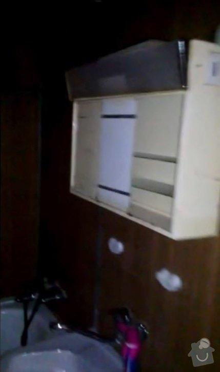 Rekonstruce bytu v panelovém domě: pred_-koupelna