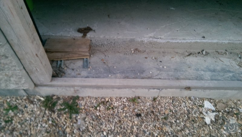 Zámková dlažba - vjezd do garáže: IMAG1699