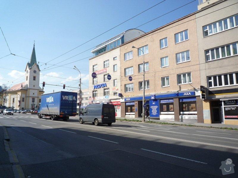 Nástavba 2 patra na bytový dúm ve Zlíně: P1130027