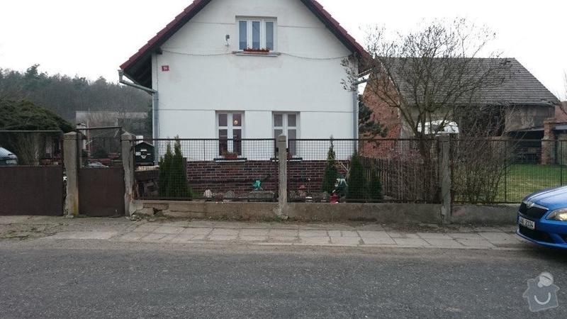 Plot,brána a okolí domu: pred_domem