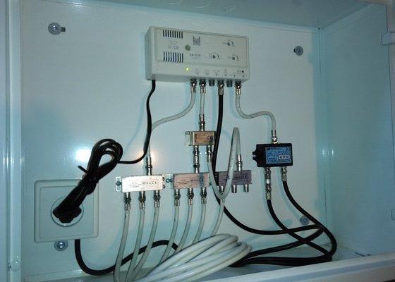 Rekonstrukce anténního systému + oprava domovních telefonů v bytovém domě