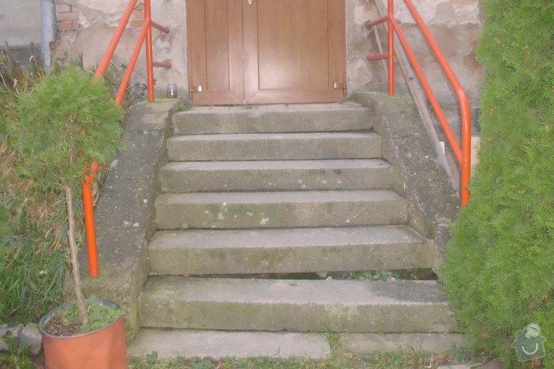 Oprava schodů u domu vedoucích na zahradu: DSCI3552