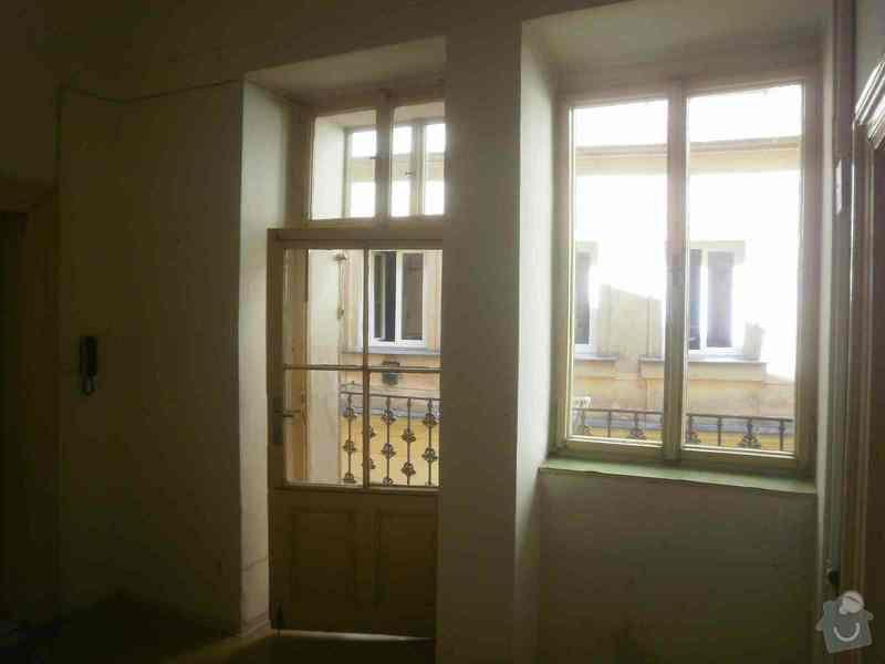 Oprava + nátěr oken, dveří: P6090331