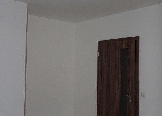 Vestavěné skříně