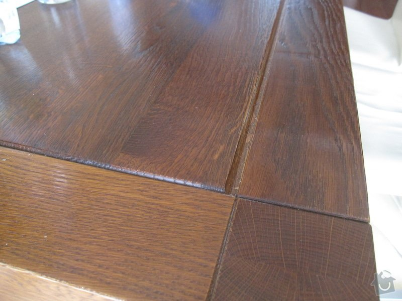 """""""Oprava"""" jídelního stolu: IMG_9284"""