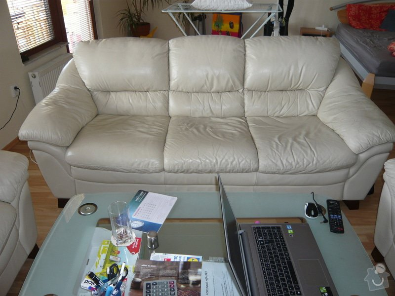 Cena opravy kožené sedačky: P1030585_-_kopie