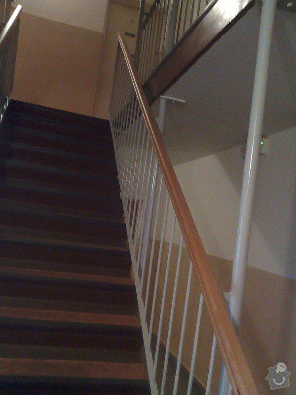 Dřevěná madla do domu - přízemí- 3 patra: IMG_20150402_105147