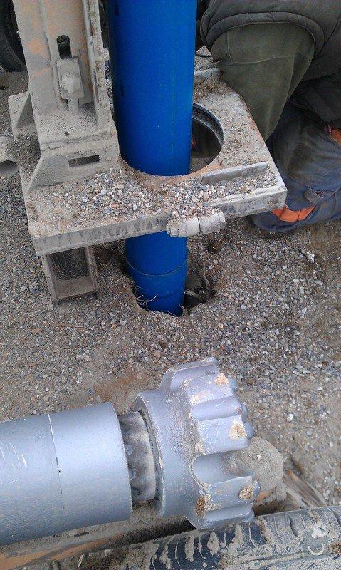 Zhotovení vrtané studny: HTC_01.02.2015_052