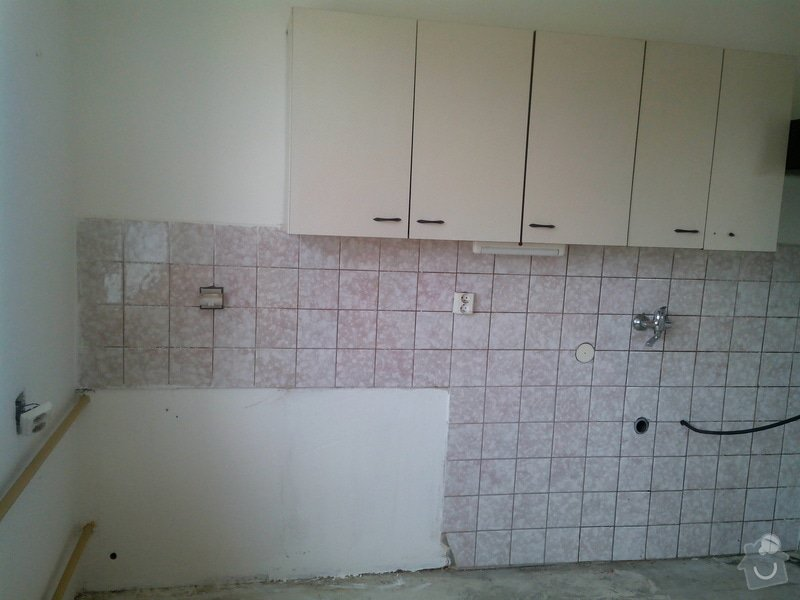 Výměna keramického obkladu v kuchyni: IMG_20150404_131340