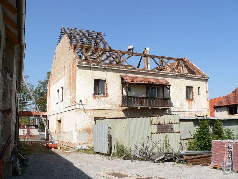 Rekonstrukce bytového domu: P1120471