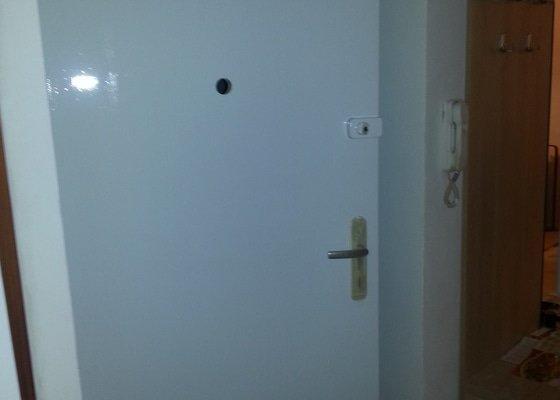 Renovace dveří a zárubní z 50 let