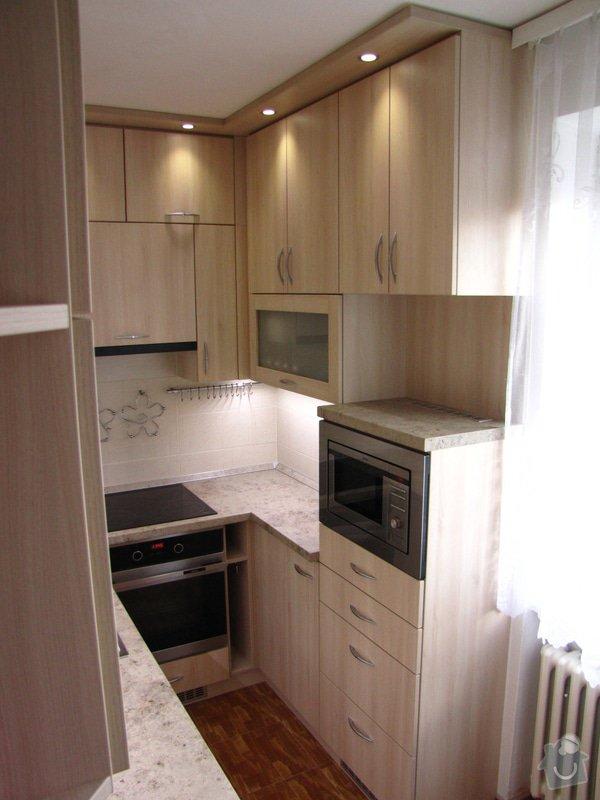 Zakázková výroba atipické kuchyňské linky: IMG_3303