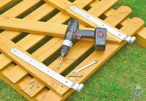 Montáž a dodávka nízkého dřevěného plotu s brankou: plot3