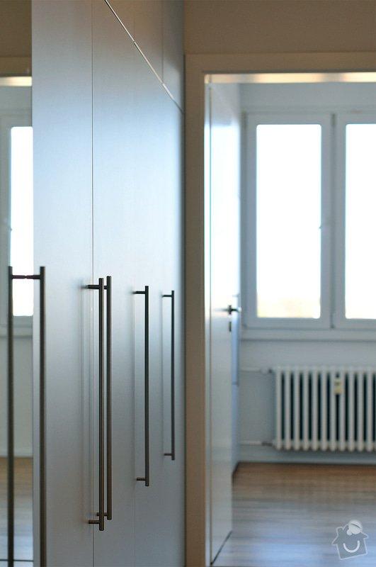 Rekonstrukce bytu - Malešice: Vestavne_skrine