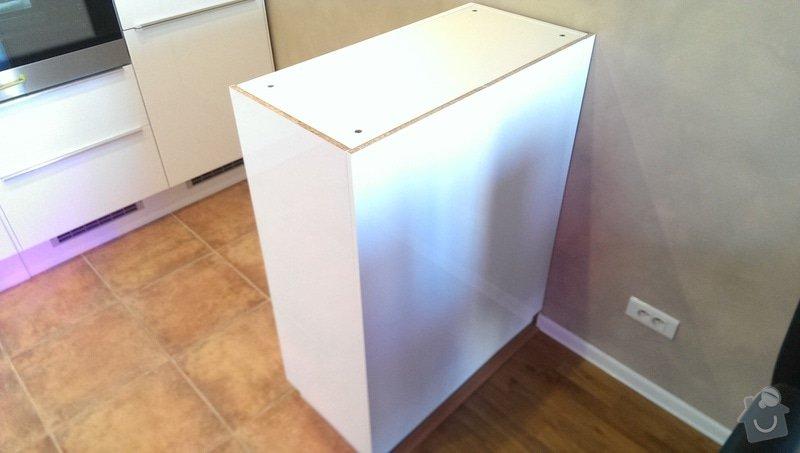 Dodání pracovní desky na barový kuchyňský ostrůvek: IMAG1145