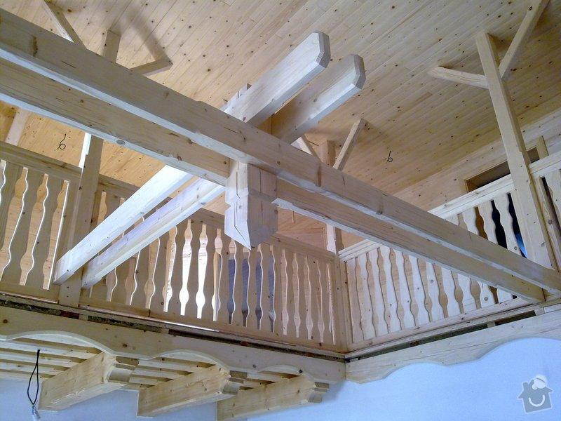 Střecha,arkýře,stropní trámy,dřevěný interier,schody: 25022011416