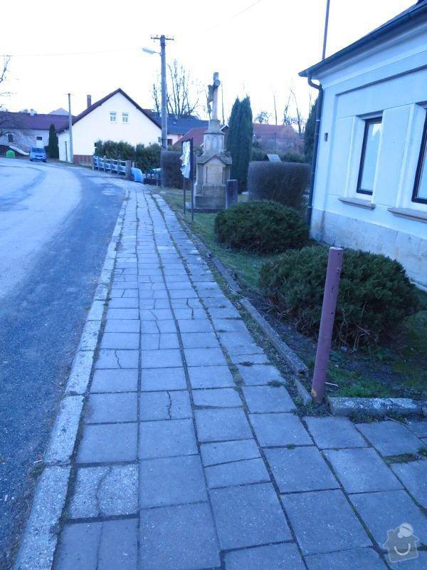 Rekonstrukce chodníku: IMG_1211