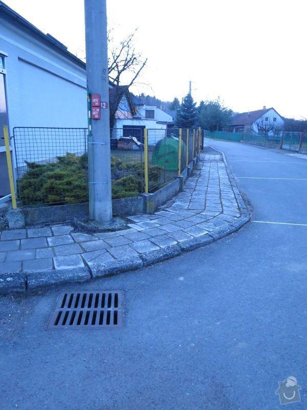Rekonstrukce chodníku: IMG_1213