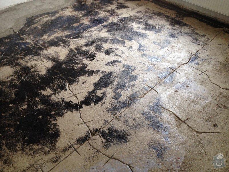 Úprava problematického betonu, vyrovnání podlahy, pokládka lepeného vinylu, obklad shodiště : IMG_3905