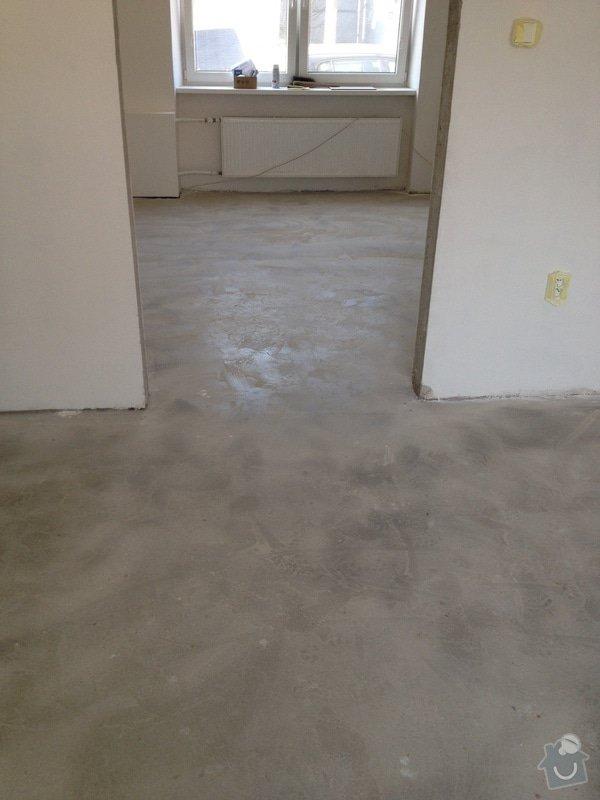Úprava problematického betonu, vyrovnání podlahy, pokládka lepeného vinylu, obklad shodiště : IMG_3974