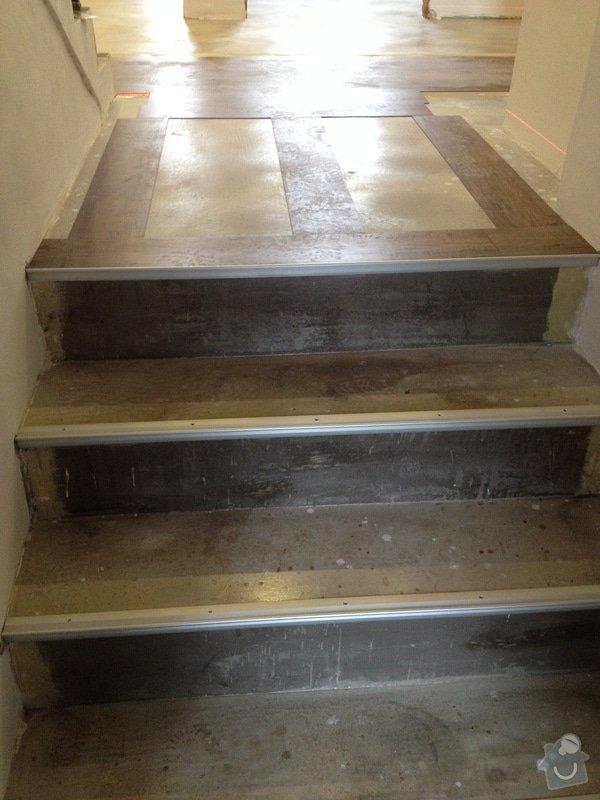 Úprava problematického betonu, vyrovnání podlahy, pokládka lepeného vinylu, obklad shodiště : IMG_4004