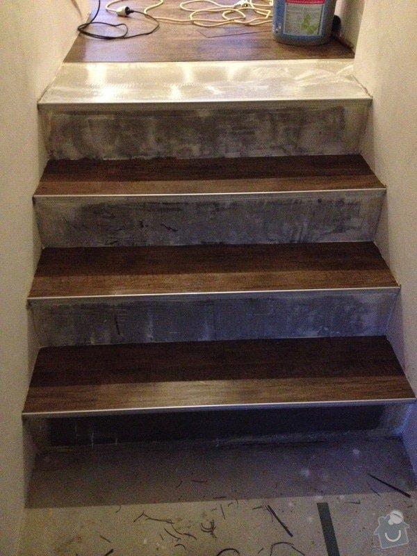 Úprava problematického betonu, vyrovnání podlahy, pokládka lepeného vinylu, obklad shodiště : IMG_4005