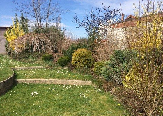 Zahradnické práce - pravidelná údržba zahrady