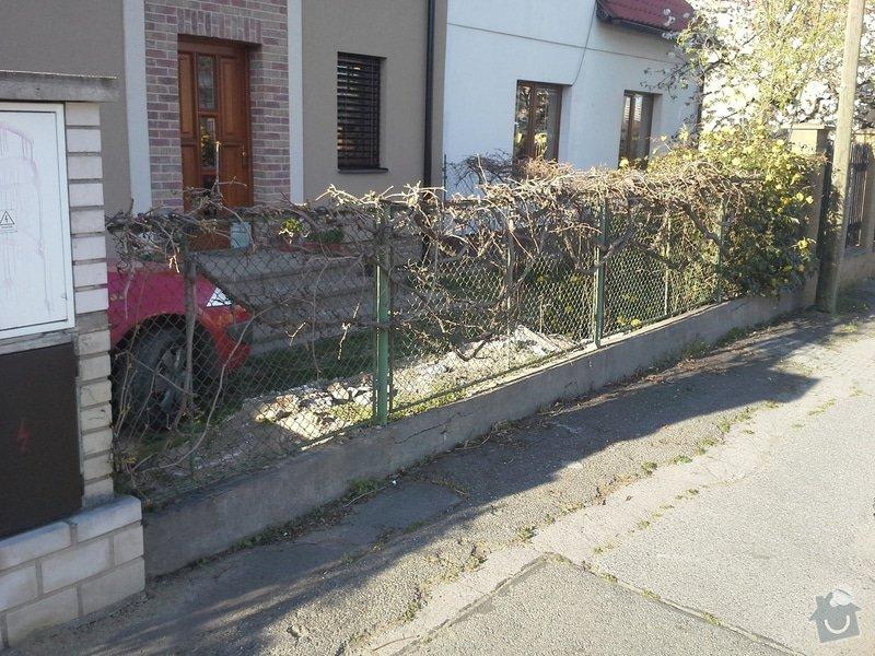 Zhotovení plotu: 20150415_174707