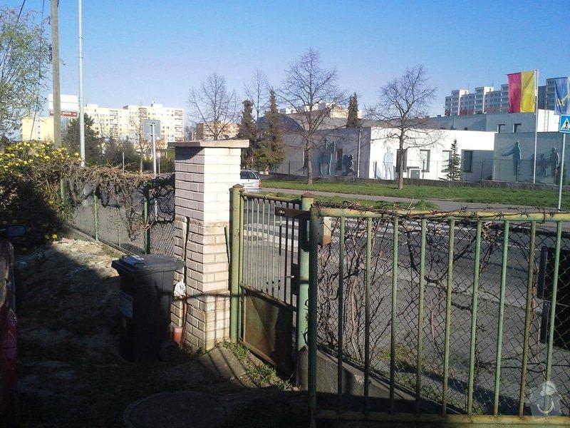 Zhotovení plotu: 20150415_174732