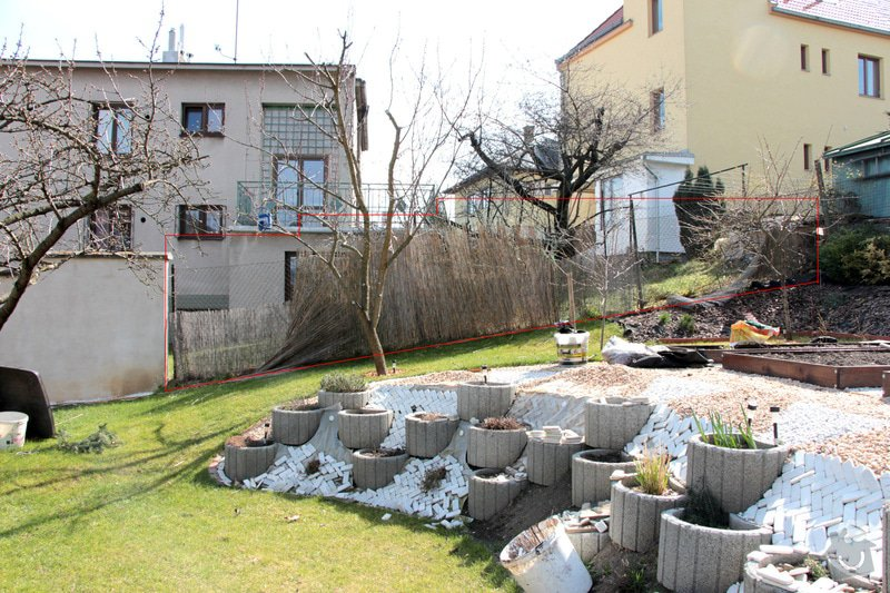 Stavba zdi vč. výkopových prací a materiálu: plot