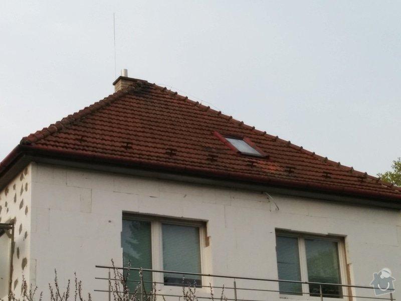 Oprava střechy - čistění a přeložení hřebenáčů (cca 4x8m): 2015-04-16_18.35.56