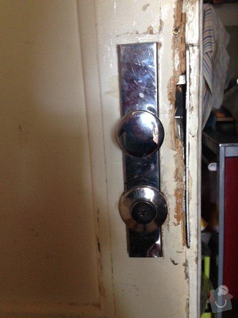 Výměna zámku a oprava dveří: IMG_0352